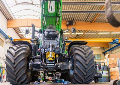 ansprechpartner_landtechnik-traktor_V1908